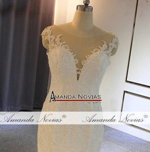 Image 3 - Vestido de novia de sirena con cuentas