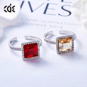 Image 2 - Centrum rozwoju przedsiębiorczości kwadratowy geometryczny pierścień ozdobione kryształy Swarovskiego pierścionki otwarte dla kobiet ślub pierścionki zaręczynowe biżuteria