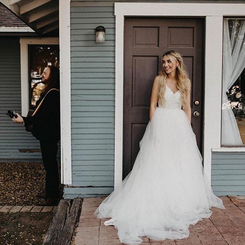 Romantic Sleeveless Spaghetti Straps Appliques Backless Wedding Dress Robe De Mariee Sofuge Boho Dubai Arabic Abiti Da Sposa