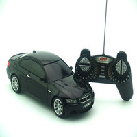 Licenciado 1/18 RC Modelo Do Carro Para BMW M3 Controle Remoto Controle de Rádio Do Carro Crianças Brinquedos Para Presente de Natal Das Crianças