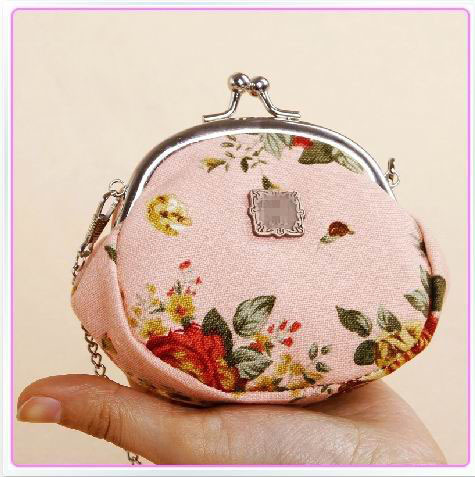 Hot sale countryside glamour print canvas coin purses with metal chain,mini purse very small can not hold mobile,promotion