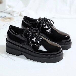 Image 3 - אירופאי אביב קטן נעלי נשים רטרו בריטי רוח 2019 חדש קוריאני גרסה של עבה בלעדי נעלי נעלי נשים אופנה