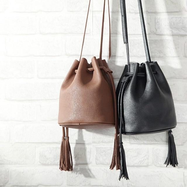 Женщин Ведро сумка Сумка 2017 новых сумки посыльного pring Корейской Мини простой sucker кисточкой плечо небольшой мешок красный зеленый желтый