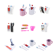 купить 1Set 1:12 Dollhouse Miniature Mini Toothpaste Toothbrush Kitchen Furniture Toy Collectible Gift Miniature Toys дешево