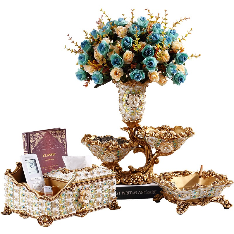 Luxurious living room coffee table practical accessories creative vase tissue box fruit plateLuxurious living room coffee table practical accessories creative vase tissue box fruit plate