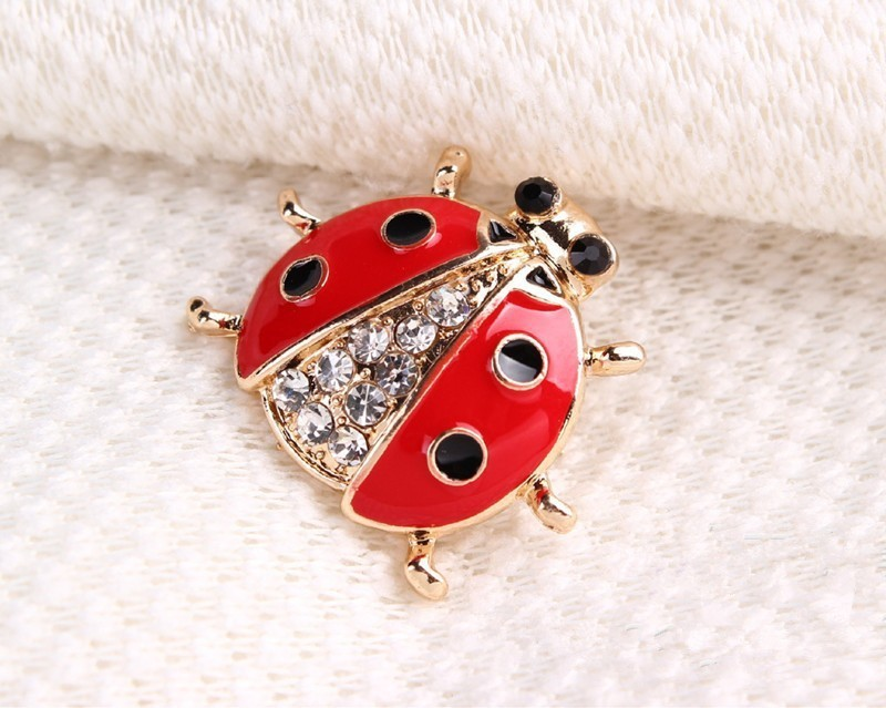 red-and-black-spotted-ladybug-brooch-with-black-and-white-rhinestones-9