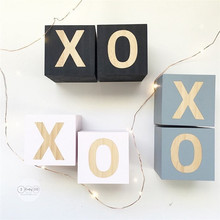 2pcs/set XO Letter Wooden Building Blocks INS Nordic Baby Room Decoration Ornaments Nursery Wood Cube Kids Toy Photography Props ins nordic style wooden rainbow building blocks for baby room decoration ornaments wood educational toys gifts photography props