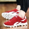 Nueva Manera de Los Hombres Ocasionales Atan Para Arriba Los Zapatos de Cuero de Gamuza Transpirable zapatos de Lona Planos Supetstar Entrenadores Zapatos de Cuña Negro Botas de Conducción