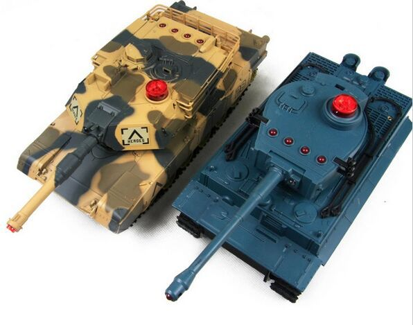 a pair 1/32 classics HuanQi Infrared Remote Control Track Battle RC Tank 2.4Ghz Sound Of Cannon toy present 2017 New Version infrared remote control rc black