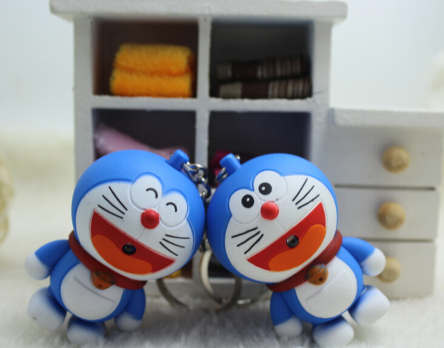 Hot Sale New 2017 Anime Doraemon Figures LED Keychains Doraemon Toys Lighting Sounds Gifts