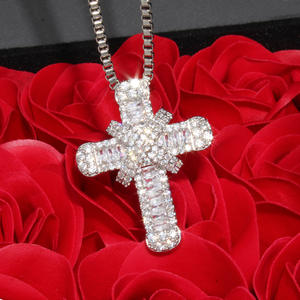 Luxury Cross Pendant Necklace Clear Cubic Zircon Necklace Pendant for Men Women Christmas gift