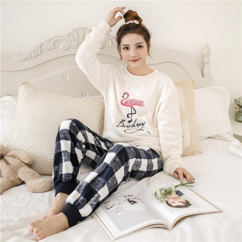 Women Pajamas Set Pajama Female Winter Thick Pajama Flannel Sexy Rose Print Warm Winter Women Pajama Set Long Sleeve Full Trouse