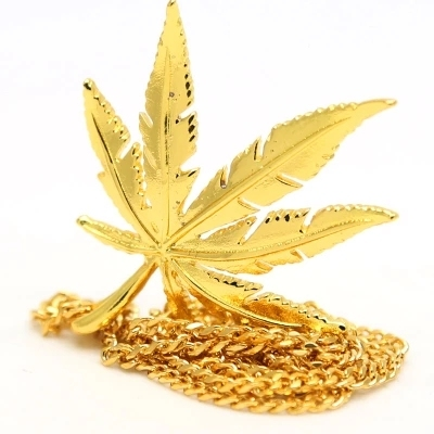 Gold Plated Small Weed Pot Leaf Charm Pendant Necklace 3mm Cuban Chain Unisex Necklace Hiphop Rapper Style Herb Leaf Necklace
