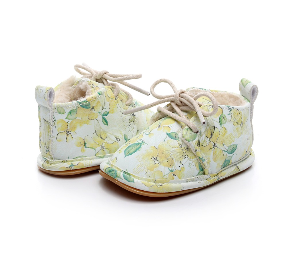 Hot Sell Hard Sole Winter Super Warm Floral Printing PU Leather With Fur Baby Moccasins Infant Baby Girl Boys Shoes Lace Up Boot