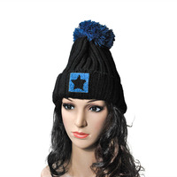 2017 New Fashion Star LOGO Winter Hat Women High Quality Comfortable Winter Hat