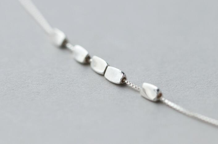 925 Sterling Silver Bean Shaped Pandant Necklace