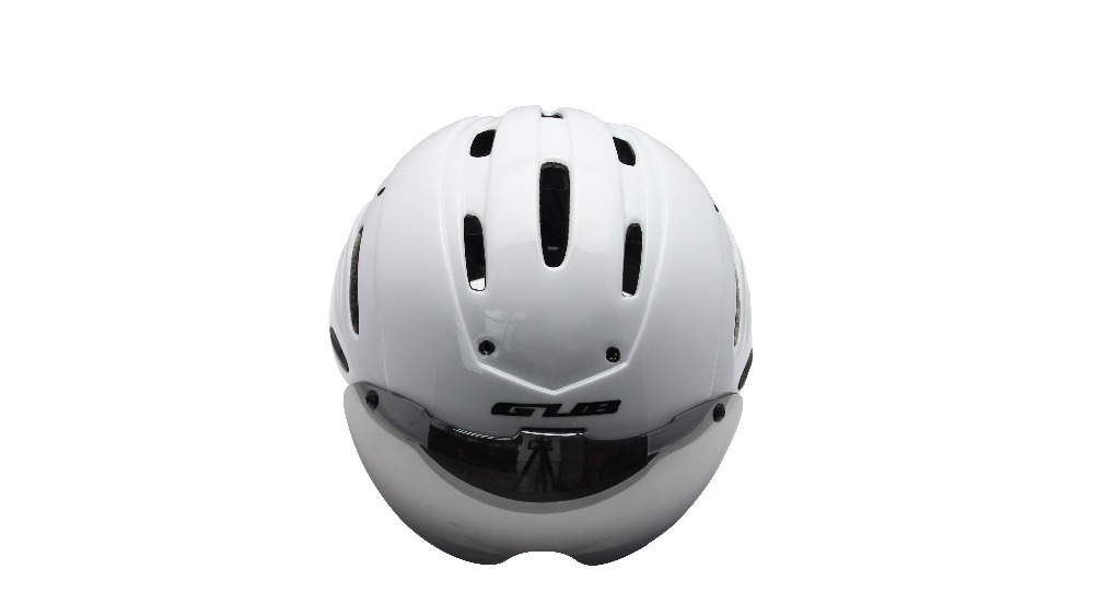 Free Shipping New Bicycle Cycling Helmet EPS+PC Material Ultralight Mountain Bike Helmet 13 Air Vents 4 Colors with UV glasses