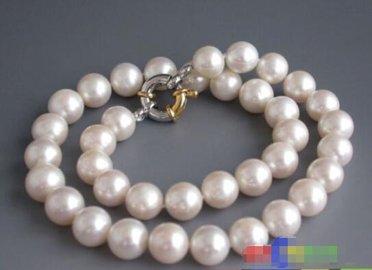"""FREE SHIPPING>@@> Hot sale new Style >>>>>AA++ 17"""" 12mm ROUND white FRESHWATER PEARL NECKLACE"""