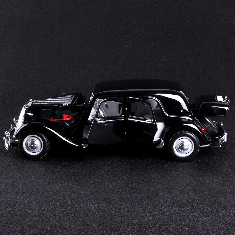 Купить с кэшбэком Kid Toys 1/18 Scale Alloy Diecast Classic Car Model Toys  1952 15CV CITROEN with Box for Collection Gift