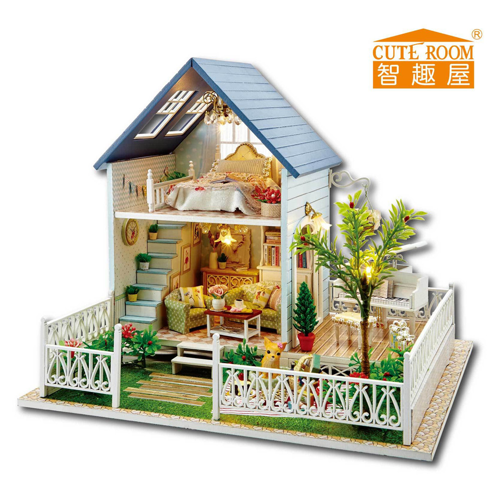 Cute room doll house with lamp for puppenhaus miniature for Mini wooden house