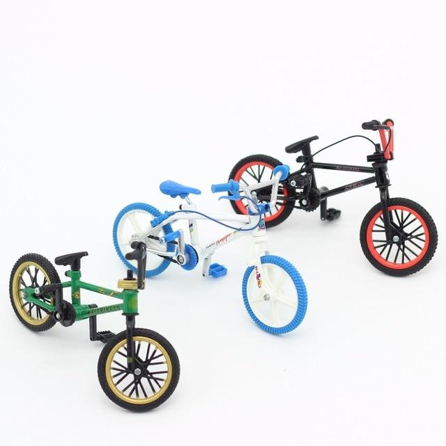 speelgoed op de fiets