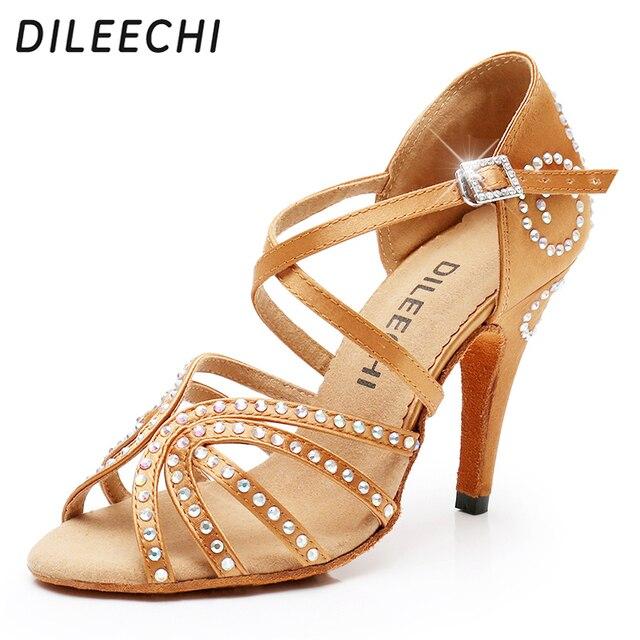 04868ade78 DILEECHI feminino Bronze red satin Latina sapatos de dança Salsa Strass das  mulheres festa de Casamento