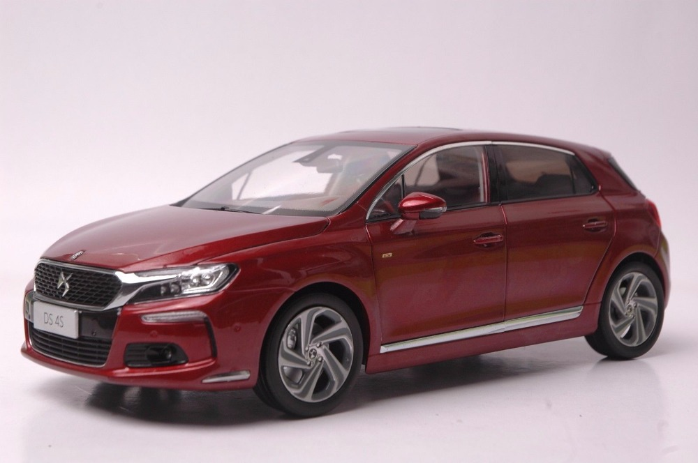 1:18 Diecast Model for Citroen DS 4S Red Hatchback Alloy Toy Car Miniature Collection Gift DS4 scale new 1 18 citroen c quatre 2012 hatchback alloy diecast model car toy gift collection with original box free shipping