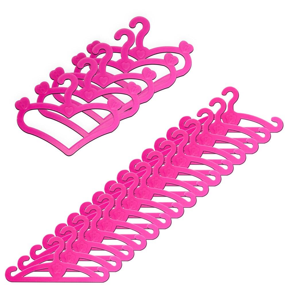 NK 20 Pcs/lot Pink Hangers Dress Clothes Accessories For Barbie Doll Pretend Play Vintage Hard Plastic Hanger Girls' Gift DZ