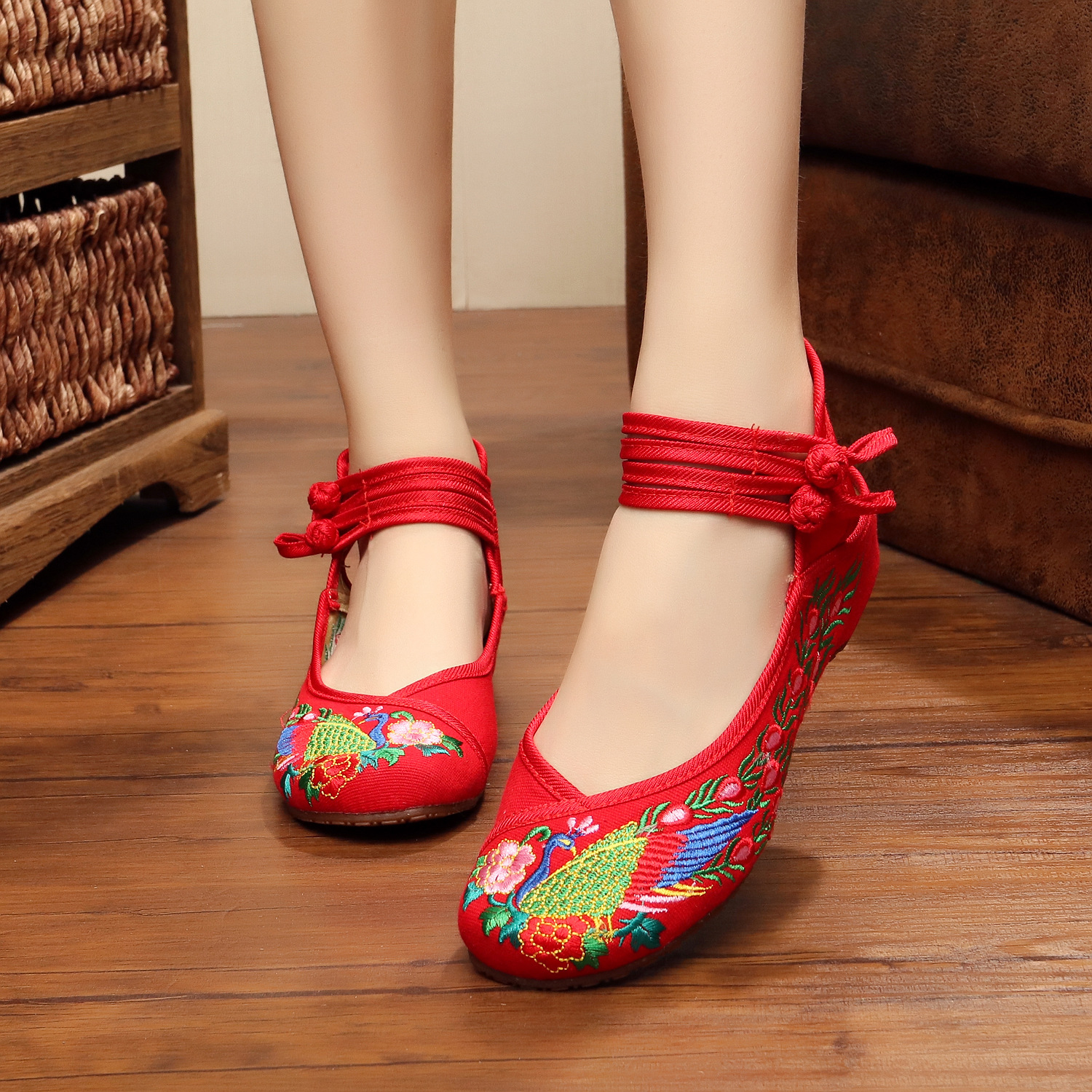 Big Size 35-41 Autumn Fashion Women's Shoes Old Peking Demin Flats,Ladies Peacock Embroidery Soft Sole Casual 3 Colors
