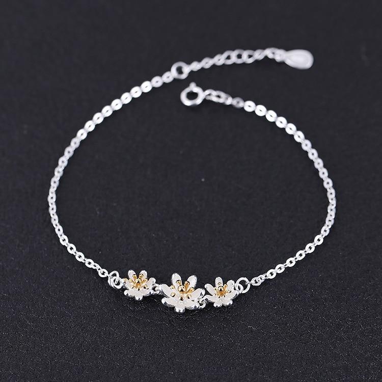 Nuovo 925 di modo del braccialetto dargento sette foglie di fiore braccialetto femminile modelli BCF06Nuovo 925 di modo del braccialetto dargento sette foglie di fiore braccialetto femminile modelli BCF06