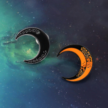 Moon Badge Pin Black Orange Crescent Moon Metal Enamel Brooch Astronomy Enthusiast Trendy Clothes Backpack Pin Jewelry Gift