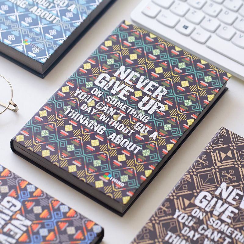 Never Give Up Hard Cover Vintage Retro Art Diary Freenote Beautiful Notebook Journal Office Supply Stationery Gift never give up ma yun s story the aliexpress creator s online businessman famous words wisdom chinese inspirational book