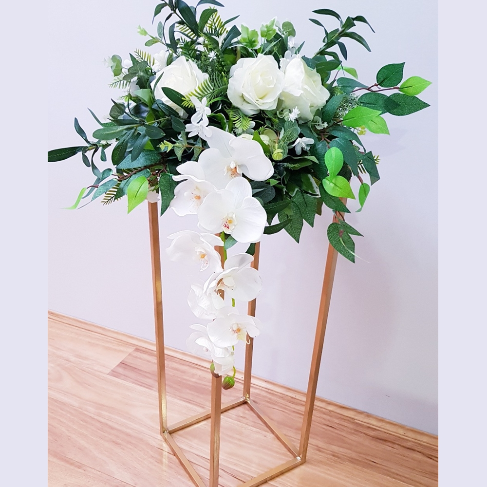 10PCS-32-Flower-Vase-Gold-Column-Stand-Metal-Road-Lead-Wedding-Centerpiece-Flower-Rack-For-Event (1)