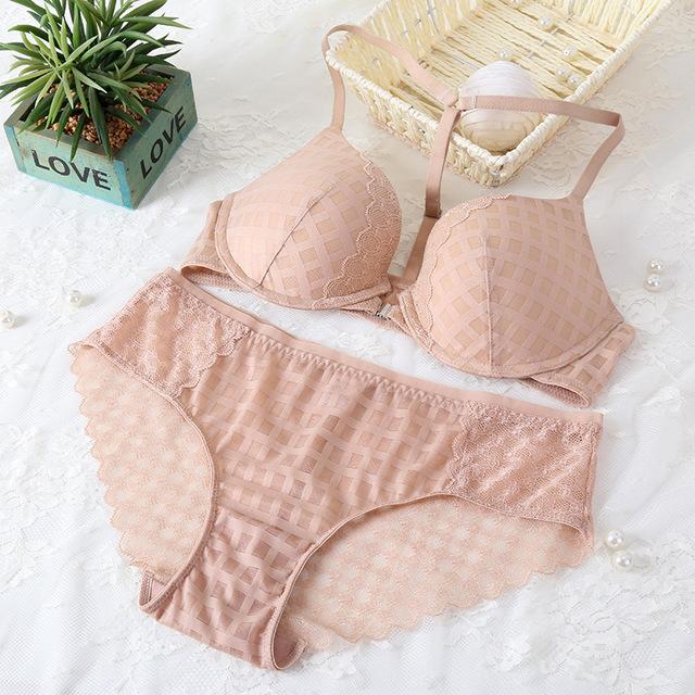 2017 Popular Fashion Bra Set 3-breasted Glossy Lace Bra Sexy Underwear Women Bra and Panties Set