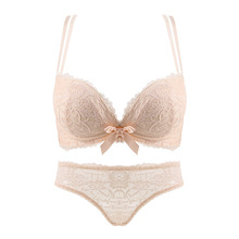 2017 New Arrival Women's Underwear Solid Lace Wire Free Seamless Bow Bra And Panties Female Sexy 3/4 Cup Push Up Lingeries Set