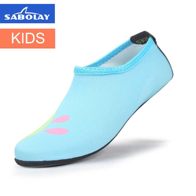 2e6fc3e754f0 ... Kids Cartoon Print Flippers for Swimming Diving Socks Baby Boys Girls  Anti-skid ScratcOutdoor Beach ...