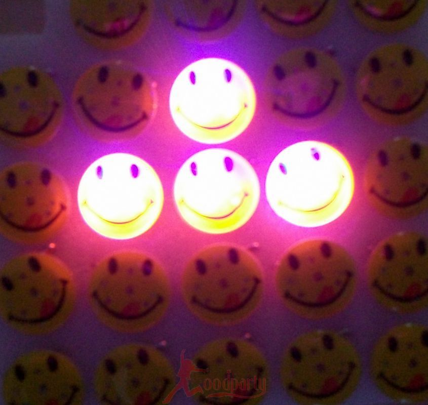 Light-Up Toys Masquerade supplies party gift flashing led badge smiley brooch world cup decorations 20pcs/lot