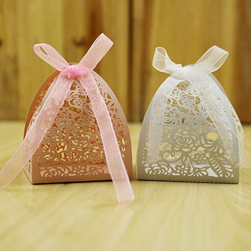 AVEBIEN 50pcs Laser Rose Candy Boxes Decoration Flower Lovely Paper Craft Bag Event Party Small Cake Box Free Shipping In Gift Bags Wrapping