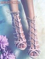 Зеленый розовый замша на шнуровке сандалии пикантные туфли с открытым носком крест обувь со шнуровкой высокого качества каблук-шпилька жен...