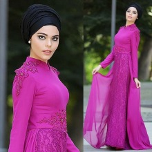 Stunning fuchsia Muslim Hijab Evening Dresses 2017 High Neck Long sleeves Prom Dresses Lace Appliques Chiffon robe de soiree