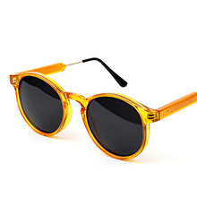 New Fashion Women Sunglasses Vintage Retro Big Frame Glasses Polarized High Quality glasses Female oculos de sol femino gafas
