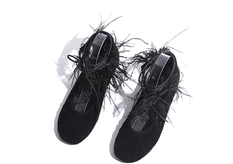 Strap Sexy Chaussures Cakucool Plat Nouveau Bout Casual Cravates Appartements Croix liée Pointu Femmes Zapatos Noir Ballet Plumes Mujer UqqtYw