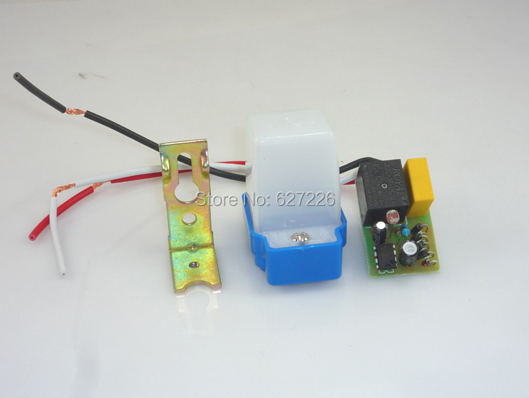 Photo Sensor Switch For Lights: Aliexpress.com : Buy Free shipping External Light Sensor Switch Applicable  Outdoor LED Lighting Automatic ON and OFF Street lights Floodlight 90 265V  from ...,Lighting