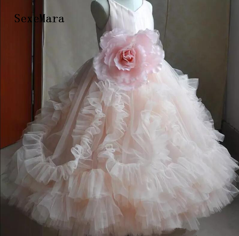 2019 Baby Pink Girls Birthday Dress Cloud O Neck Flower Girls Dresses for Wedding Party Pageant Gown Custom Made Real Picture blush pink two pieces kids prom birthday party pageant dress o neck satin lace flower girls dresses for wedding custom made gown