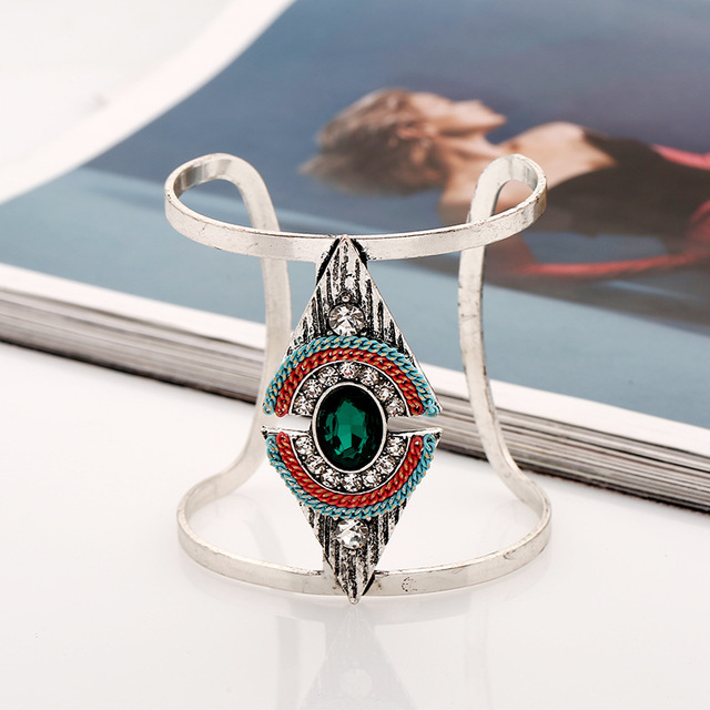 Metal Geometric Jewel...