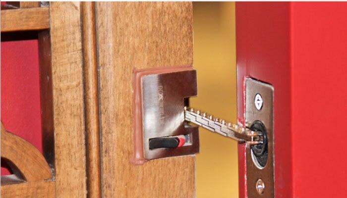 Online Shop Free shipping hot sell hidden security door chain/door hardware/ door accessory | Aliexpress Mobile & Online Shop Free shipping hot sell hidden security door chain/door ... pezcame.com