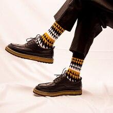 Большие Скидки Новая Мода Хлопок мужские Носки Англия Ретро Высокое Качество Стильный Пара мужская Носок Мягкие Удобные Человек носок