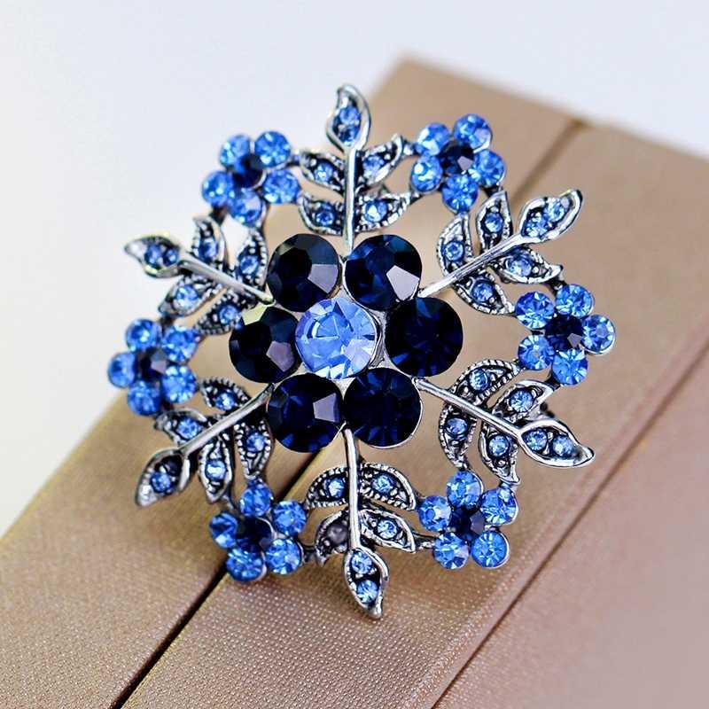 Shiny Biru Batu Snowflake Desain Fashion Kristal Berlian Imitasi Bros Pins untuk Wanita Pin Syal Perhiasan Accessoires