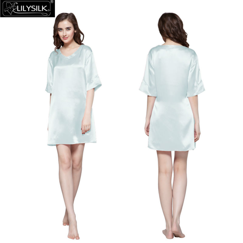 1000-light-sky-blue-22-momme-wide-v-neck-silk-nightgown