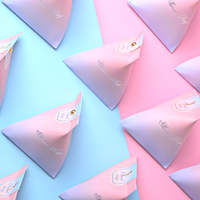 50Pcs/Lot Ins wind Creative Gradual Pink Colorful Candy Box Trilateral paper box wedding favor box and Gifts Party Decor Suppl